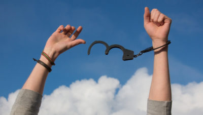 stay sober during quarantine, alcohol freedom, alcohol addiction, break free, freedom